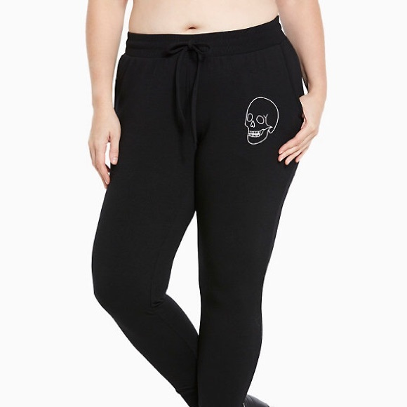 4698c70469 Torrid Active Embroidered Skull Jogger Pants